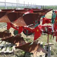 Plug reversibil UNIA Ibis M 2+1 oferta Utilaje agricole