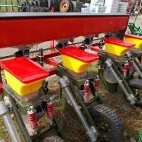 Semanatoare de porumb 4 randuri  oferta Utilaje agricole