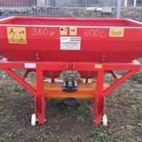 Masina de imprastiat azot purtata de 600 l oferta Utilaje agricole