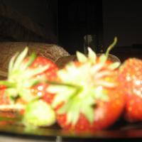 vand capsuni oferta Fructe